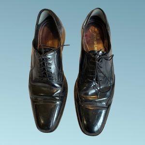 Johnston & Murphy size 9.5 dress shoes.
